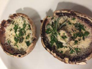 Gevulde Portobello Champignons met rozemarijn