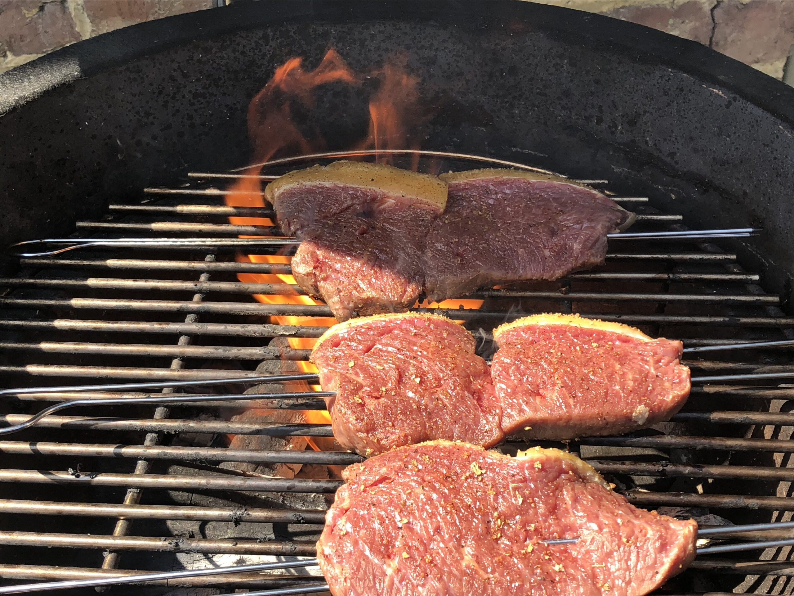 Grill de steak op hoge temperatuur